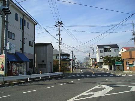 県道224号線・尾張交差点より ...