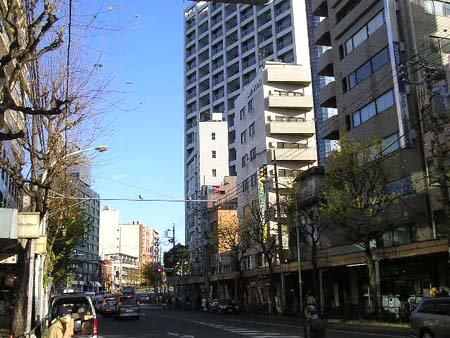 青梅街道・JR荻窪駅北口前 ...